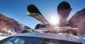 Nosači za skije za auto najčešće se postavljaju na univerzalne krovne nosače